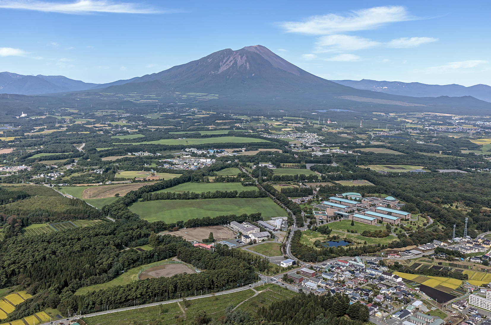 俯瞰写真(岩手県立大学・パーク・岩手山)